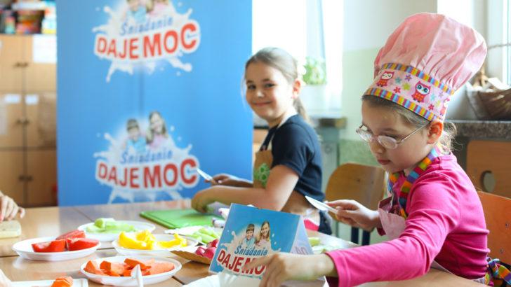 Już ponad 290 tysięcy uczniów wie, jak ważne jest śniadanie