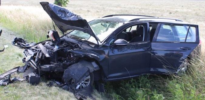 Zderzyły się dwa auta, kobieta w ciąży w szpitalu