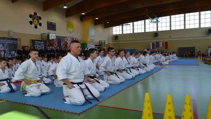 Tryumf karateków w Resku