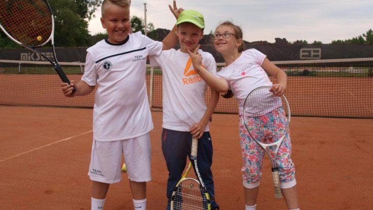 Dwa medale zawodnika Top Tenis