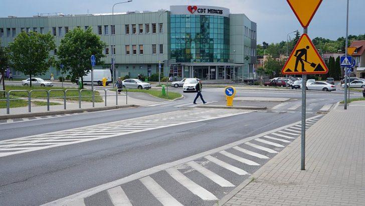 Utrudnienia na rondzie przy Leśnej i Wyszyńskiego