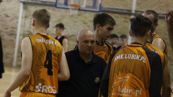 Koszykarze SMK Lubin przegrali w Legnicy