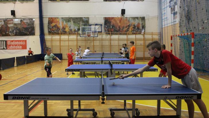 Tenis stołowy podczas Akcji Lato