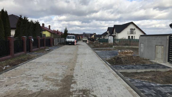 Trwa przebudowa dróg w Miroszowicach