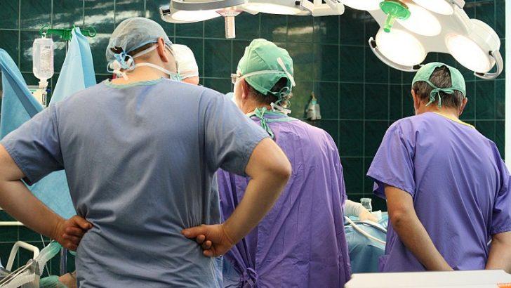 Dwa razy cofnięta spod sali operacyjnej
