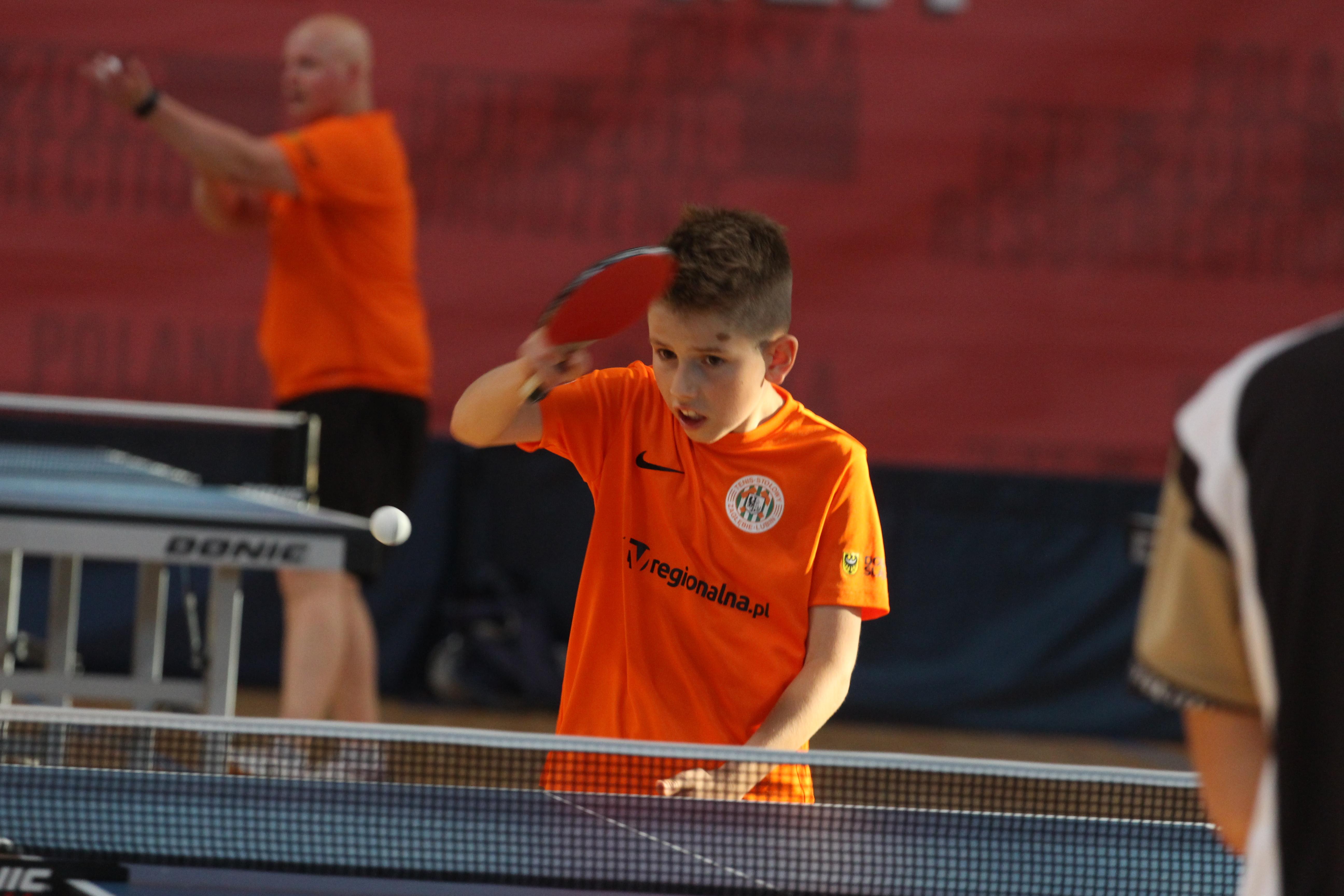 Coraz więcej amatorów tenisa stołowego
