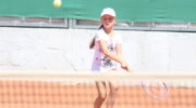 Akcja Lato: Pływanie i tenis ziemny