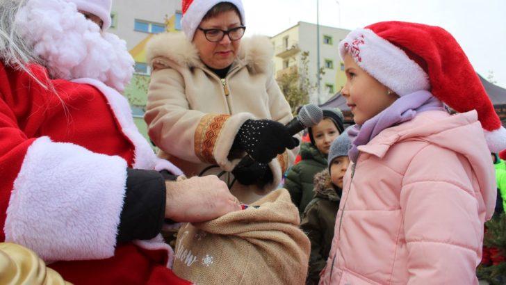 Mikołaj na lubińskim rynku