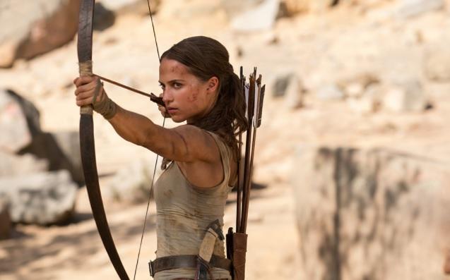 Lara Croft w kinie Muza