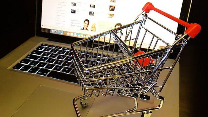 Zakupy internetowe – jak się nie naciąć