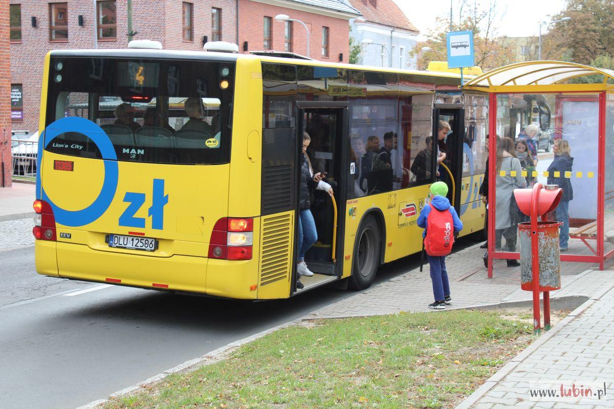 Bezpłatne autobusy pojadą teraz też do Polkowic i Chocianowa