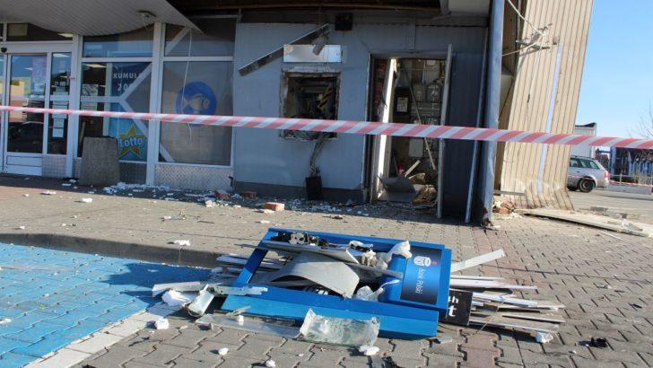 Wysadzili bankomat. Trwa policyjna obława na złodziei