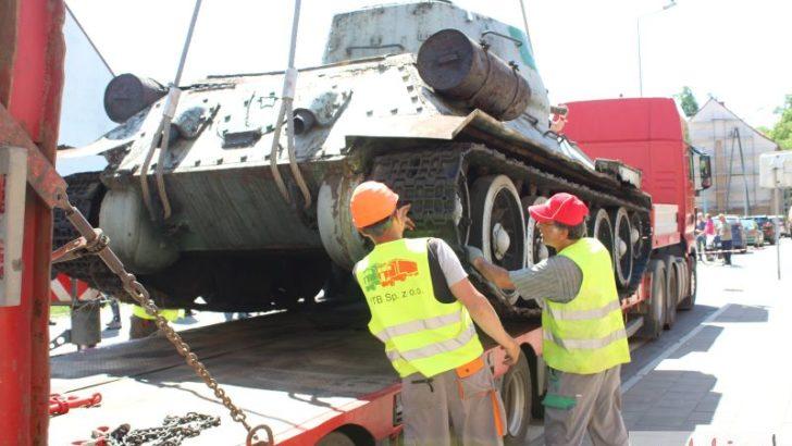 Odświeżony czołg stanie w porcie