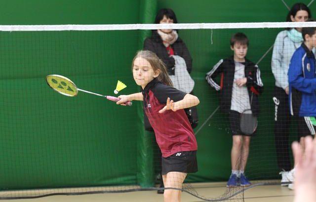 Tradycyjne badmintonowe rozgrywki