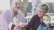 Babcie i dziadkowie świętują. Wyślij zdjęcie, wygraj bilet do kina