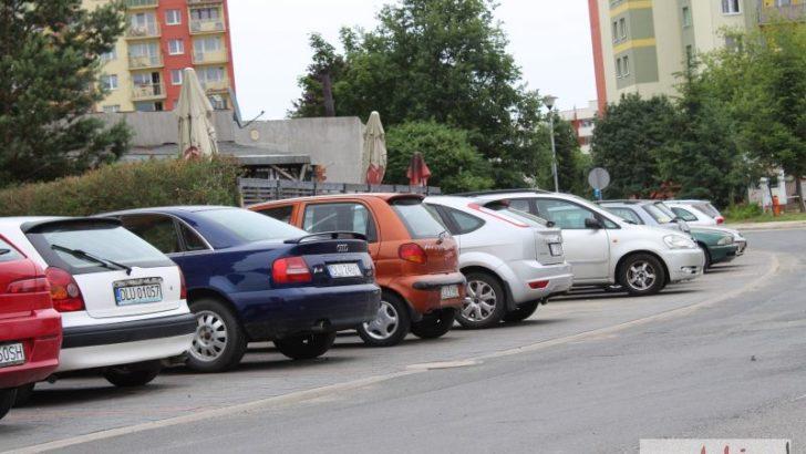 Nowa droga i parking na Przylesiu