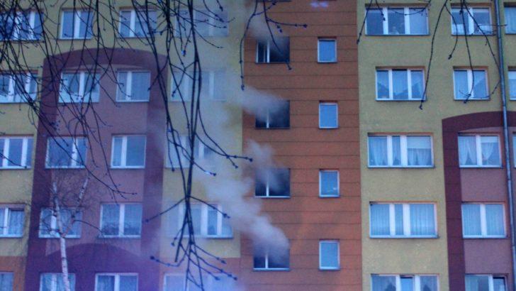 Ogień w piwnicach, dym na klatkach