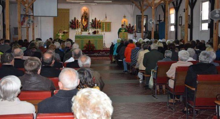 Seniorzy zapraszają do kościoła