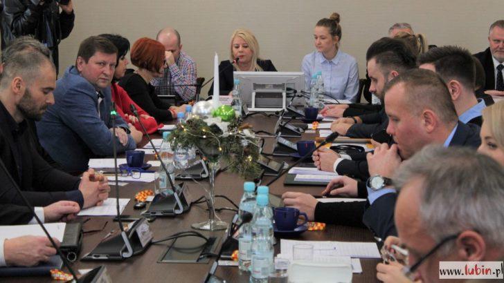 Przebudowa ulicy Jana Pawła II i osiedlowych dróg w budżecie na 2019 rok