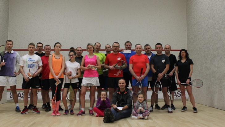 Niedzielny turniej squasha