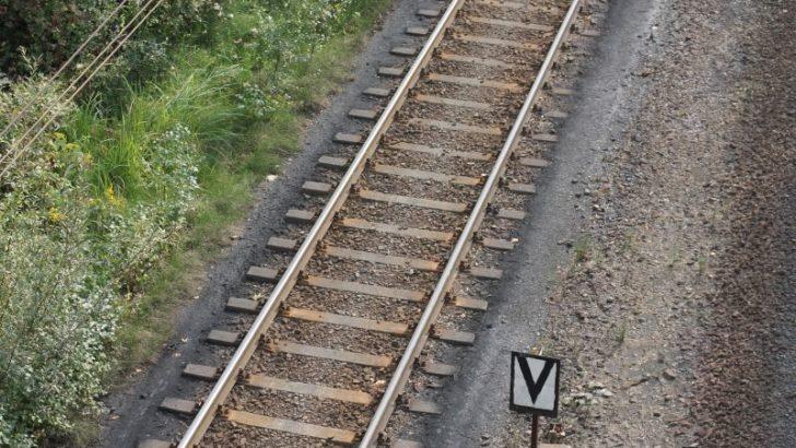 Kilka firm chce remontować linię kolejową do Lubina