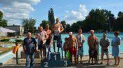 Zawody pływackie w Ścinawie